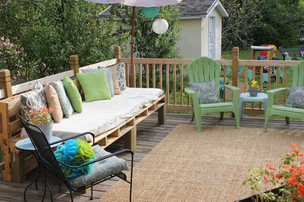pallet sofa deck