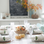Simplistic Tablescape | Blogger Stylin' Home Tours